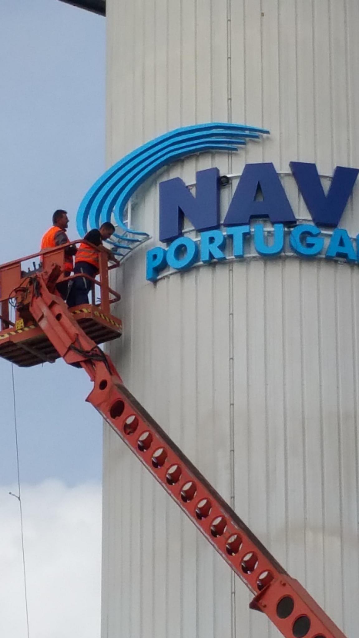NAV – NAVEGAÇÃO AEREA PORTUGUESA – Empreitada Logotipos – Torre do RADAR – LISBOA
